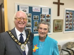 North Lincolshire Mayor welcomed to Flower Festival